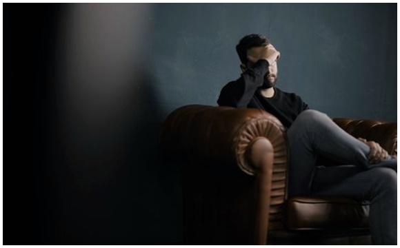 Болит голова почему или зачем фото