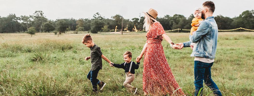 Радость материнства или черные будни молодой мамы фото