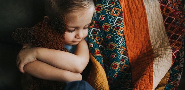 Ребенок полностью зависит от мамы картинка