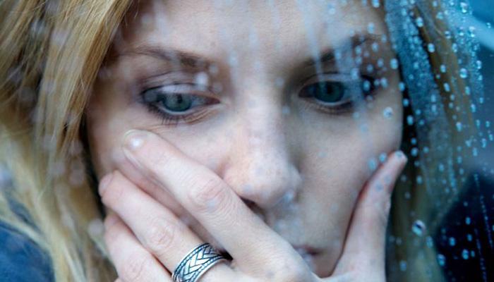 Женщина подвергается насилию: презумпция вины фото